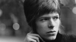 Young-Davy-david-bowie-34011387-1920-1080